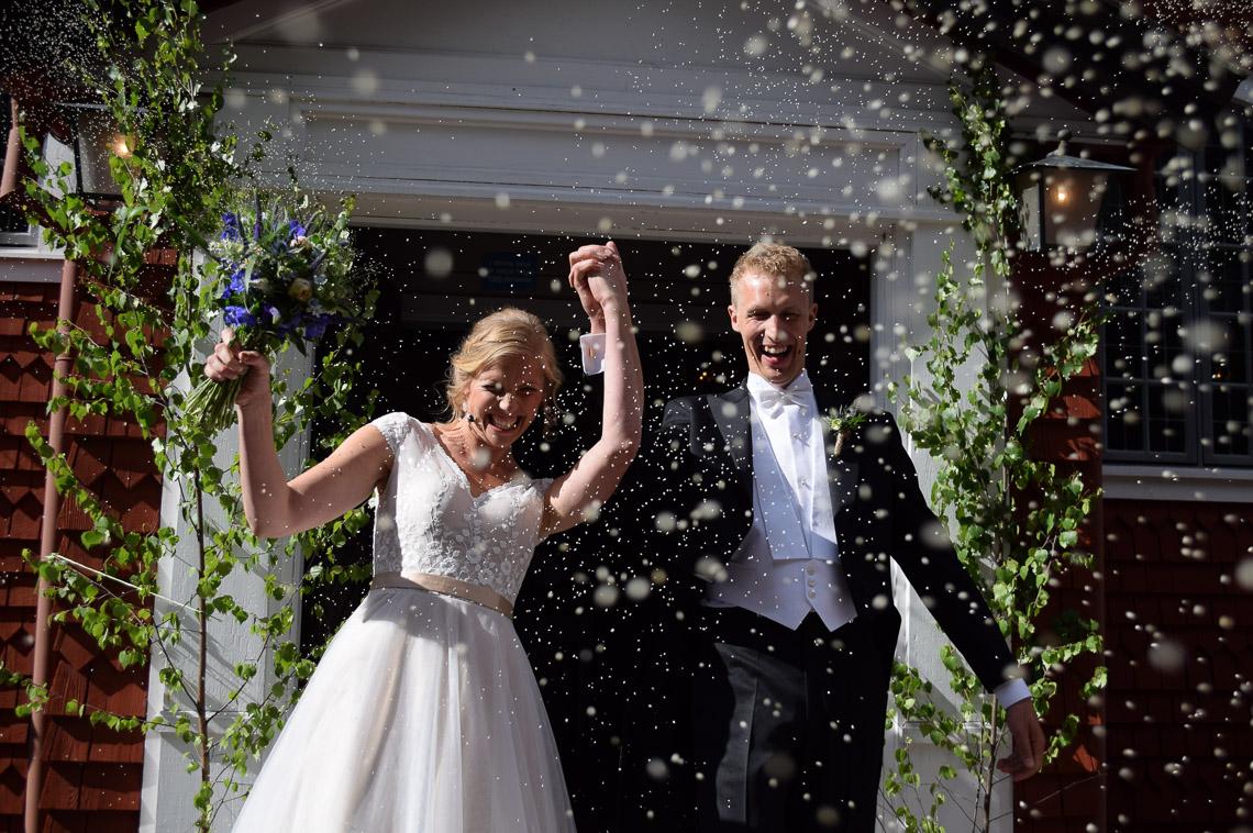Sveriges bästa bröllopsfotograf lantlig stil