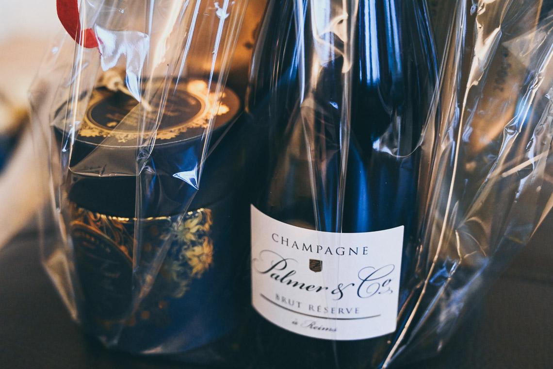 julklappar till brudpar lyxig champagne