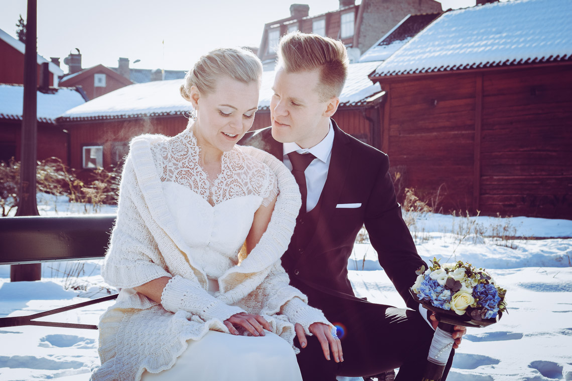 Vinterbröllop i Eksjö vintagebröllop gamla stan brudpar